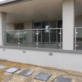 고품질 Ss 유리제 방책 디자인 유리제 발코니 방책