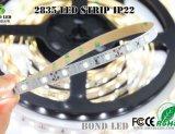 L'alta qualità 5m 300LEDs impermeabilizza la striscia flessibile di SMD 2835 LED con Ce RoHS