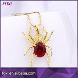 يظهر عنكبوت تصميم نوع ذهب مدلّاة عقد لأنّ نساء