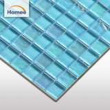 Плитка голубой волны мозаики размера листа стеклянная для плавательного бассеина кроет стеклянную мозаику черепицей
