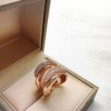 De christelijke Diamant die van de Vorm van de Slang van de Gift van Juwelen Gouden Ringen wervelen