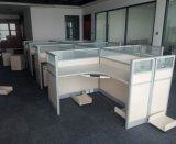 Рабочая станция офисной мебели с шкафами