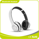 新しいBluetoothのヘッドホーンサポートTFカード、FMのラジオおよびマイクロフォン