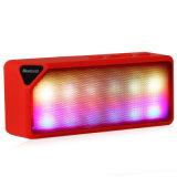 가벼운 파동적인 스피커 지원 TF가 핸즈프리 무선에 의하여 색깔 LED 눈을 부시게 한다