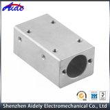 Kundenspezifische Präzision CNC-maschinell bearbeitende zentrale Maschinerie-Drehbank-Aluminiumteile