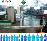 Volle automatische Wasser-Flaschenreinigung-abfüllende mit einer Kappe bedeckende Maschine