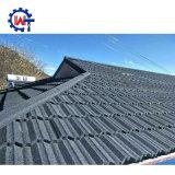 標準的なNosenの金属の石の上塗を施してある金属の屋根瓦