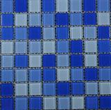 Mattonelle di mosaico di vetro di colore blu della parete della stanza da bagno e della piscina