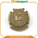 Divisa de la insignia del diseño del cliente con oro del laminado