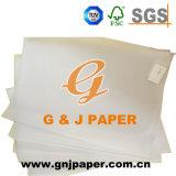 Grande taille de la feuille de papier calque avec palette de l'emballage