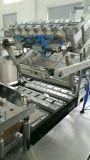 Cepillo de dientes y una tarjeta de PVC formando la máquina de sellado