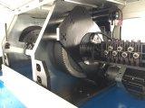 機械及びワイヤー曲がる機械を形作るワイヤー
