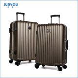 4つの車輪のパソコンのJunyouとセットされる安い軽量のスーツケースの荷物3 PCSを手搬送