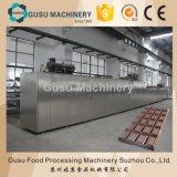Máquina de molde de enchimento do chocolate da cor do tipo dois de China Gusu