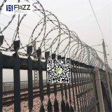 De Premie Bto 30 van China Gegalvaniseerd Prikkeldraad voor de Omheining van de Veiligheid