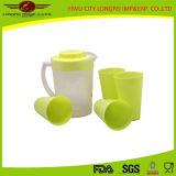 Hermoso conjunto de la jarra de agua de plástico