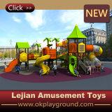 De OpenluchtSpeelplaats van de Kinderen van de Grondstof LLDPE (x1510-8)