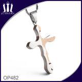 Op483 Pendentif en croix noire à trois coeurs avec des ailes