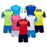 관례에 의하여 인쇄되는 농구 축구 테니스 배드민턴 럭비 팀 셔츠 한 벌