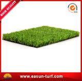 Hierba de alfombra artificial del césped de la decoración de interior
