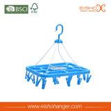Clips plásticos azules plegables de la percha del uso de los calcetines de Eisho