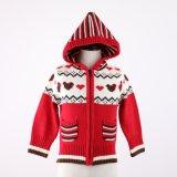 ジャカードデザインおよびアクリルの品質柔らかいHandfeelの女の子のセーターの上