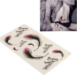Las plumas de moda impermeabilizan etiquetas engomadas temporales del tatuaje