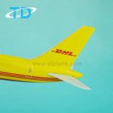 DHL B757-200 van het Vrachtschip van Boeing het Model van de Vliegtuigen van de Lading van de Hars