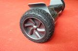 8.5 Zoll weg vom Straßen-Selbst, der elektrischen Hoverboard Roller balanciert