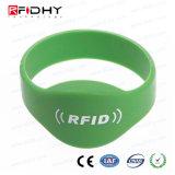Wristband senza contatto del silicone della modifica del cinturino di RFID IP68