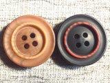 標準的な黒4の穴の衣服の衣類の樹脂ボタン