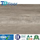 Fábrica impermeable al por mayor del piso de madera del grano de vinilo PVC