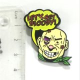 Divisa de encargo del Pin del super héroe del arte del metal con insignia de la historieta