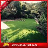Venta al por mayor de China que ajardina la hierba artificial para el hotel