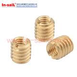 Noix en laiton auto-fileteuse de garniture intérieure pour l'alliage léger