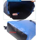 Lo zaino impermeabile del sacchetto di sport con le aggraffature saldate, testo fisso riflettente, riempito indietro supporta, cinghie registrabili attenuate, casella interna della chiusura lampo & prova della spruzzata