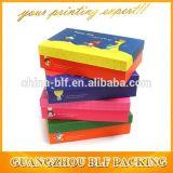 カスタム装飾的なCardbaordのギフト用の箱はふたによって卸し売りする