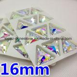 De in het groot Vlakke Rug van het Bergkristal van het Kristal van de Driehoek naait op Kristal (sW-Driehoek 16/22mm)