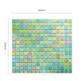 Mosaico colorato verde quadrato di vetro delle mattonelle