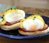 Uova bollite dure del fornello dell'uovo di Egglettes senza le coperture