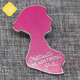 Kundenspezifischer quadratischer Kind-Decklack-Metallabzeichen-Großhandelshersteller