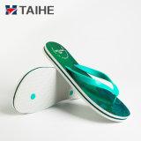 La promoción de la junta de goma EVA de sublimación Chanclas zapatos