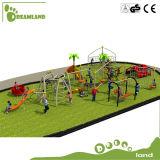 Plástico das crianças que escala o equipamento ao ar livre do campo de jogos da ginástica da selva