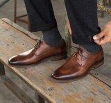 Robe de mariage de chaussures pour hommes à la main Mens occasionnel des chaussures en cuir