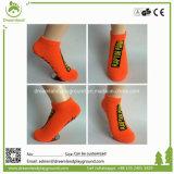 Ventas calientes usadas a los calcetines al por mayor del apretón del trampolín, calcetines del tobillo