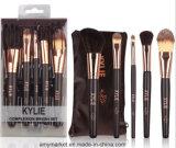 Kylie Minogue окраску глаз щетки вращающегося пылесборника Concealer Dual-Ended Foundation и набор щеток