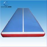 膨脹可能な体操のマット水販売のための浮遊空気マット