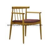 レストランの家具によってパッドを入れられるシートの木の食事の椅子