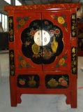 Китайским шкаф покрашенный антиквариатом Lwb811