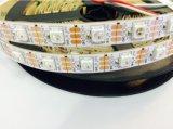 Ws2812 a amélioré 30 la lumière de bande accessible programmable colorée de DEL 5V SMD 5050 RVB DEL